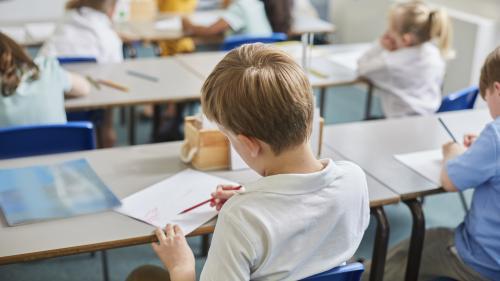 """Non, vos enfants n'apprennent pas à se masturber à l'école : voici ce qu'on enseigne dans les cours d'""""éducation à la sexualité"""""""