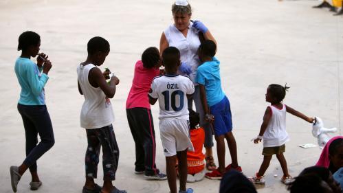 Espagne : le nombre de migrants mineurs sans famille atteint la barre des 10 000