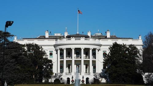 """Etats-Unis : un membre de l'administration Trump raconte la """"résistance"""" face au président au sein de la Maison Blanche"""