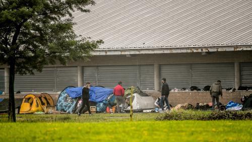Les autorités évacuent à nouveau le campement de migrants de Grande-Synthe (Nord), où vivent environ 500 personnes