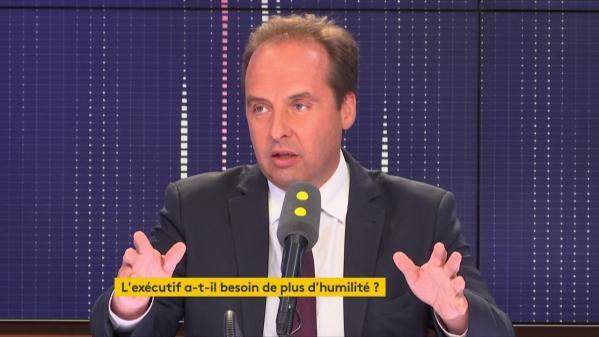 """S'il n'écoute pas les Français, Emmanuel Macron va """"retrouver les Gaulois qui bloquent tout"""""""
