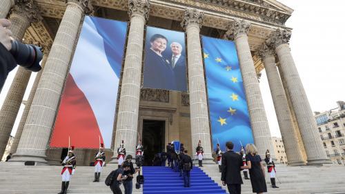 Paris : 14 panneaux de l'exposition consacrée à Simone Veil au Panthéon vandalisés