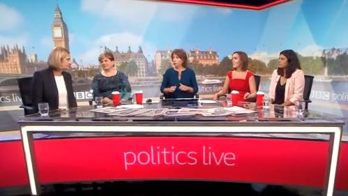 """VIDEO. Un plateau 100% féminin, la première de """"Politics Live"""" a fait des vagues outre-Manche"""