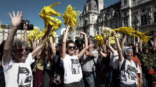 DIRECT. Plus de 50 000 personnes ont participé à la Marche pour le climat à Paris selon les organisateurs, 18 500 selon la police