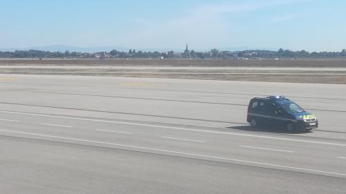 Ce que l'on sait de l'intrusion d'une voiture sur les pistes de l'aéroport de Lyon-Saint-Exupéry