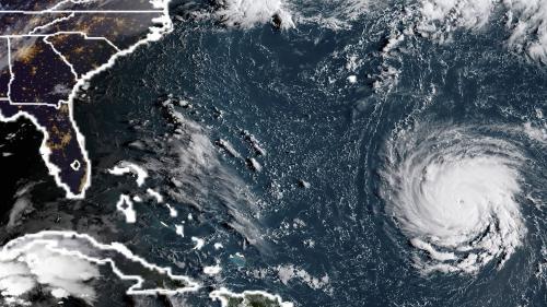 L'ouragan Florence, de catégorie 4, menace la côte est des Etats-Unis
