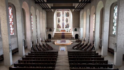 Allemagne : une étude révèle que des milliers d'enfants ont été abusés sexuellement au sein de l'Eglise catholique