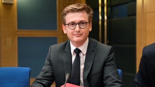 Affaire Benalla : ce qu'il faut retenir de l'audition du chef de cabinet de Macron devant la commission d'enquête sénatoriale