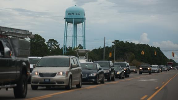 Des voitures évacuent la Caroline du Nord, un Etat situé au sud-est des Etats-Unis, avant l\'arrivée de l\'ouragan Florence, le 11 septembre 2018.
