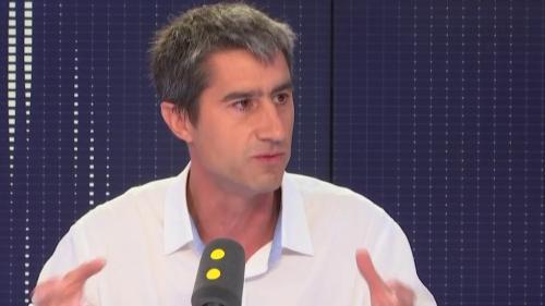 """Plan pauvreté: """"Ce petit rééquilibrage ne compense pas les cadeaux colossaux"""" faits aux riches, déplore François Ruffin"""