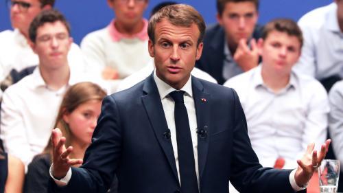 """DIRECT. Plan pauvreté : """"N'oublier personne, c'est dire aux premiers de cordée, n'oubliez pas les derniers de cordée"""", lance Emmanuel Macron"""