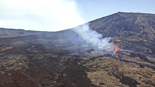 EN IMAGES. La Réunion : le piton de la Fournaise en éruption pour la quatrième fois de l'année