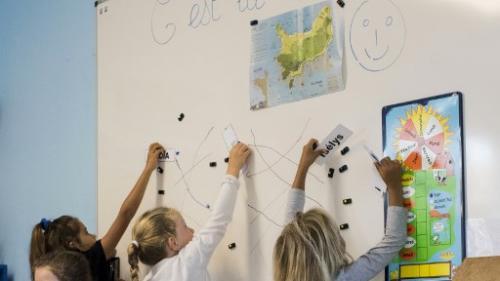 """""""On n'arrive pas à remplacer les profs absents"""": les parents d'élèves inquiets des suppressions de postes dans l'Education nationale"""