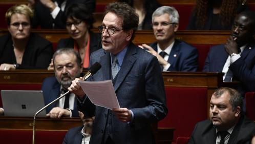 """Fan de Giscard, ex-journaliste et """"dandy""""... Cinq choses à savoir sur Gilles Le Gendre, le nouveau patron des députés LREM"""
