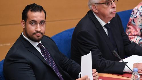 VIDEO. Passeports diplomatiques d'Alexandre Benalla : le Quai d'Orsay lui a demandé de les restituer