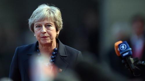 Brexit : Theresa May ferme et inflexible sur l'Irlande du Nord