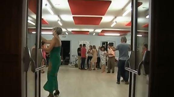 Gironde initiation aux danses de salon for Salon emploi hotellerie restauration