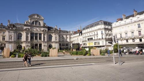 Angers : six personnes interpellées après des violences lors d'une manifestation antifasciste