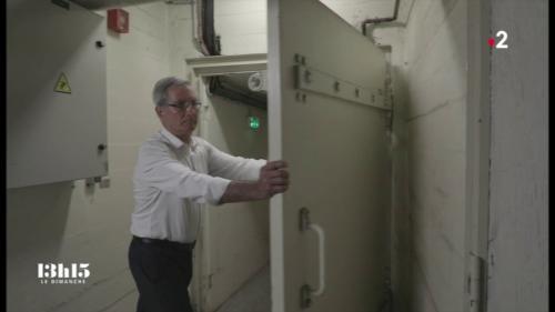 VIDEO. Dans le bunker souterrain de la mairie de Paris... qui n'a jamais abrité que des dossiers