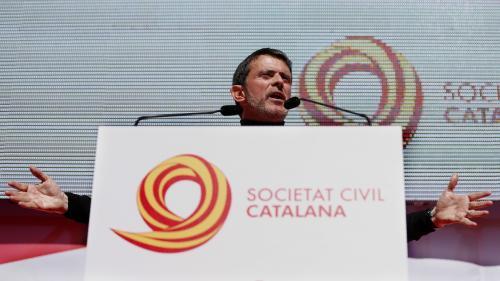 """VIDEO. """"Ma sève, ma source..."""" : avant de se présenter à Barcelone, Manuel Valls ne jurait que par Evry et la France"""