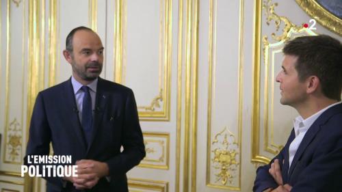 On vous explique pourquoi le Premier ministre peine à sortir de l'ombre d'Emmanuel Macron
