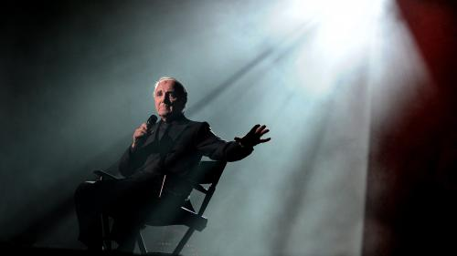 """""""J'ai annoncé sa mort à mes enfants comme si c'était leur grand-père"""" : nos lecteurs racontent leurs souvenirs de Charles Aznavour"""