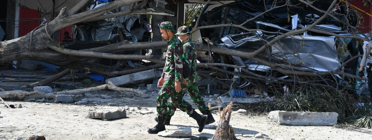 Séisme et le tsunami en Indonésie : les militaires ont ordre de tirer sur les pilleurs