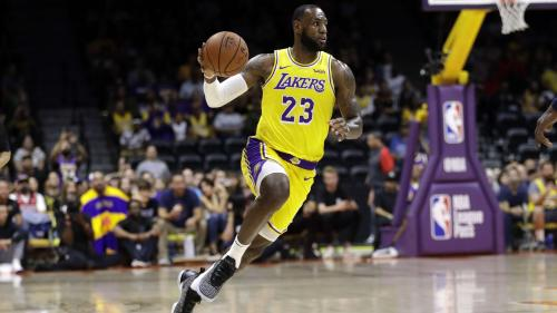 Vers une reprise de la saison NBA à Disney World en juillet ?