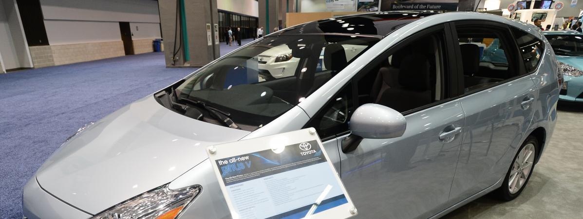 Au Garage Toyota HybridesDont Rappelle Millions Voitures 38 De 2 4 X8Z0wkONnP