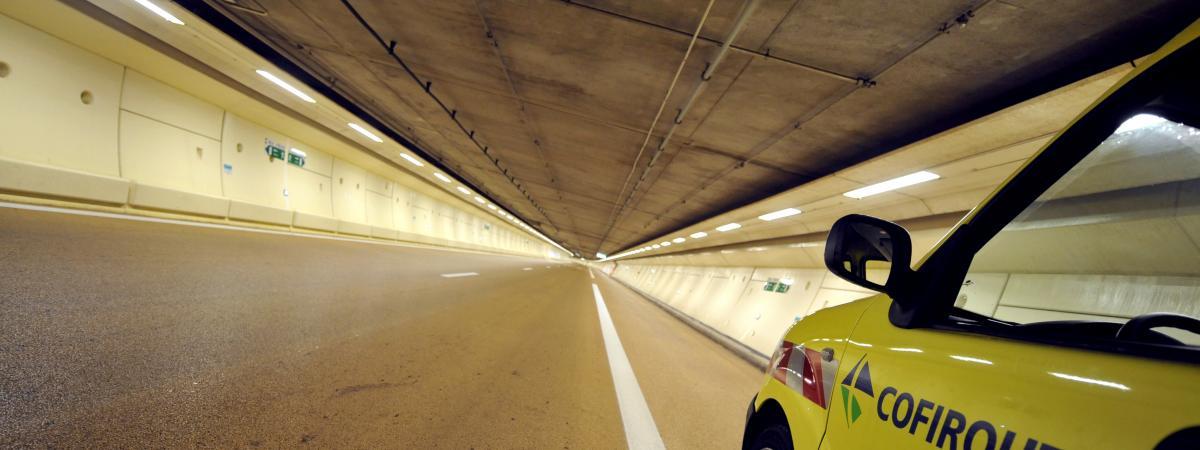 Duplex Partiellement ParisLe Tout End Tunnel A86 Fermé Week bmY6fgyIv7