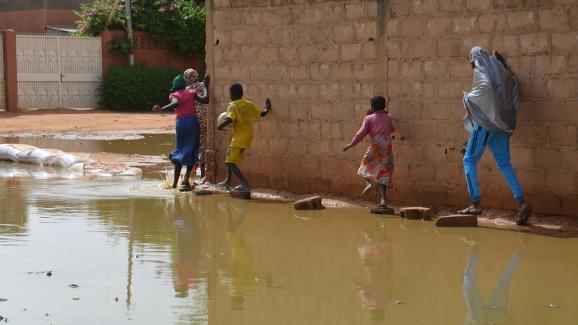 Niamey, au Niger, sous les eaux.