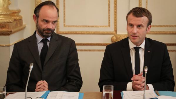 Grand débat national : Emmanuel Macron en profite, Édouard Philippe se lance