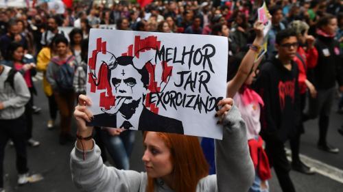 """Au Brésil, le difficile front républicain contre l'extrême droite : """"Le Parti des travailleurs n'est pas préparé pour une coalition républicaine"""""""