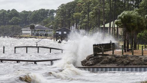 """Floride : l'ouragan Michael passe en catégorie 4 et devient """"extrêmement dangereux"""""""