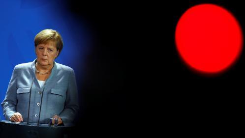 Allemagne : polémiques à répétition, divisions internes, popularité ébranlée... Fin de partie pour Angela Merkel ?