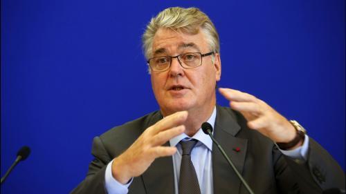"""VIDEO. """"C'est un système plus juste"""", assure le haut-commissaire Jean-Paul Delevoye en présentant son rapport sur les retraites"""
