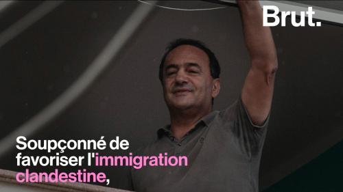 VIDEO. Qui est Domenico Lucano, ce maire italien controversé qui accueille des migrants ?