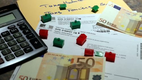 """Taxe d'habitation : l'Association des maires de France dénonce une campagne de """"dénigrement"""" sur les réseaux sociaux"""
