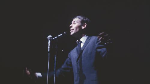 """VIDEO. Comment la sensibilité de Jacques Brel sur """"Ne me quitte pas"""" choquait la France de 1959"""