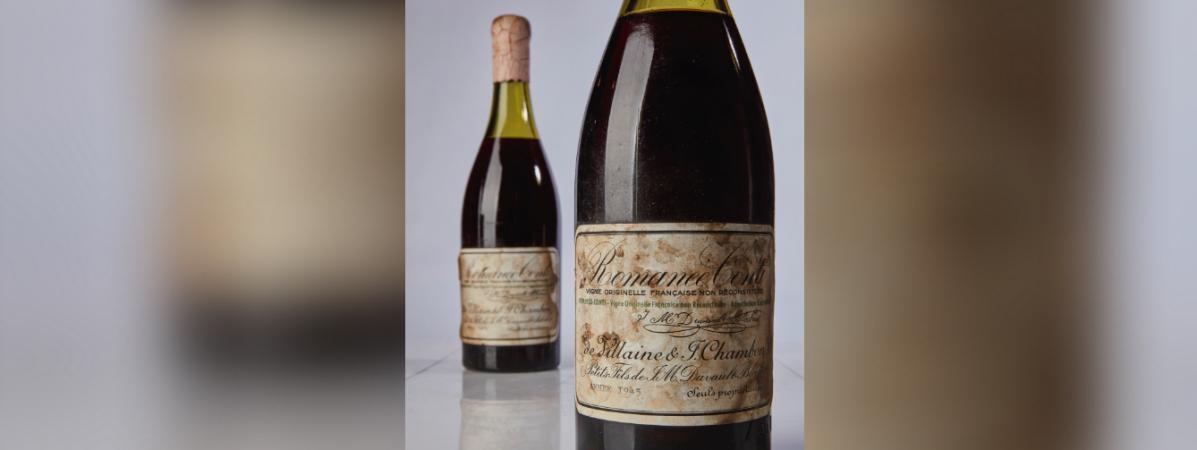 Une bouteille de Romanée-Conti vendue à un prix record, le 13 octobre 2018 par la maison d\'enchère Sotheby\'s à New York (Etats-Unis).