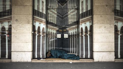 Paris : des places d'hébergement pour les SDF vont êtres ouvertes dans plusieurs mairies, dont l'Hôtel de Ville