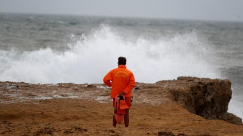 """""""Leslie n'est plus un ouragan, mais une perturbation classique"""" : un prévisionniste relativise le phénomène qui arrive en Europe"""