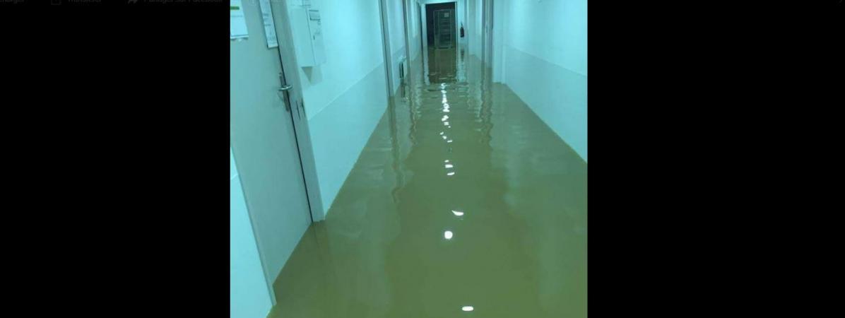 Les sous-sols inondés de l\'hôpital de Carcassonne, le 15 octobre 2018.