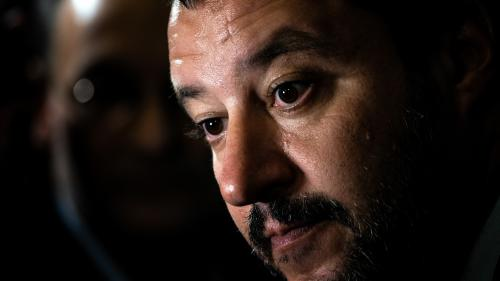Italie : Matteo Salvini ordonne l'évacuation des migrants d'un village et provoque l'indignation