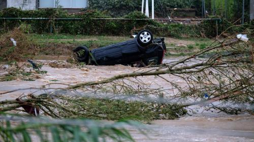 Inondations : des villages évacués
