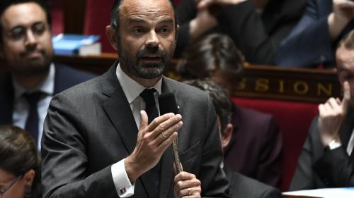 """VIDEO. Perquisitions à La France insoumise: Edouard Philippe nie """"toute instruction individuelle donnée au procureur"""""""