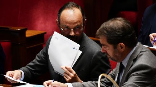 DIRECT. Remaniement : regardez la passation de pouvoirs au ministère de l'Intérieur entre Edouard Philippe et Christophe Castaner