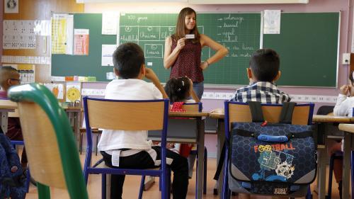 """Collectif des """"stylos rouges"""" : plusieurs enseignants entendent profiter de la rentrée scolaire pour se faire entendre"""