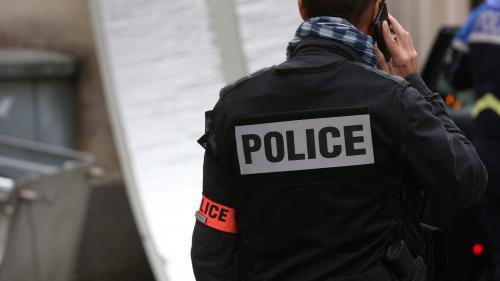 """VIDEO. """"On encaisse, on encaisse"""" : comment les policiers réagissent-ils aux insultes et provocations ?"""