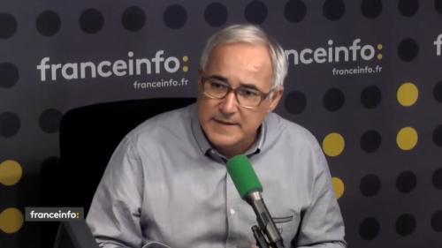 """Franceinfo """"n'est pas une radio d'Etat, mais de service public"""" : le directeur de la station répond à Jean-Luc Mélenchon"""